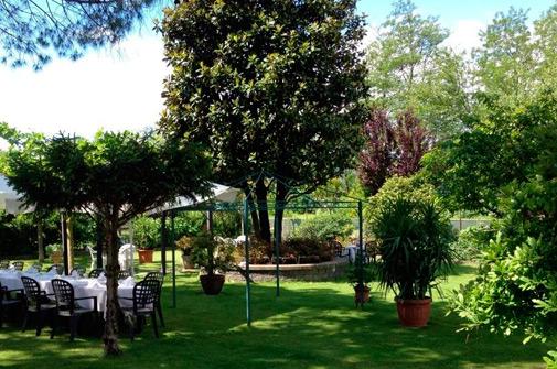 Hotel-maloia-ristorante-giardino-7