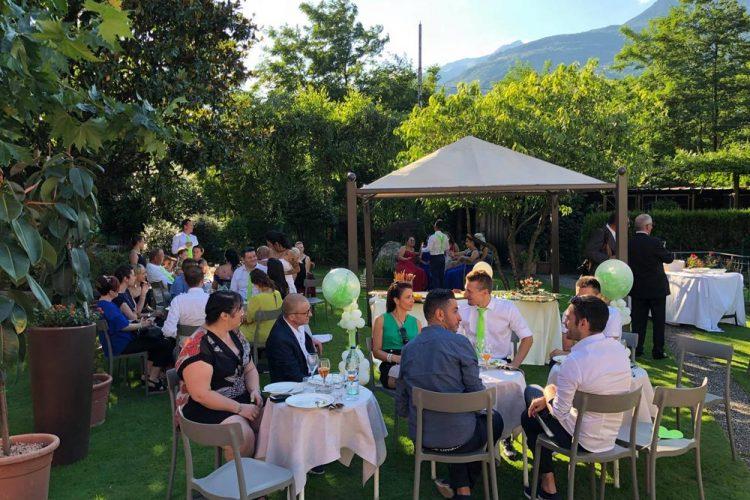 Ristorante Matrimonio - Gli Ospiti In Giardino - Hotel Maloia
