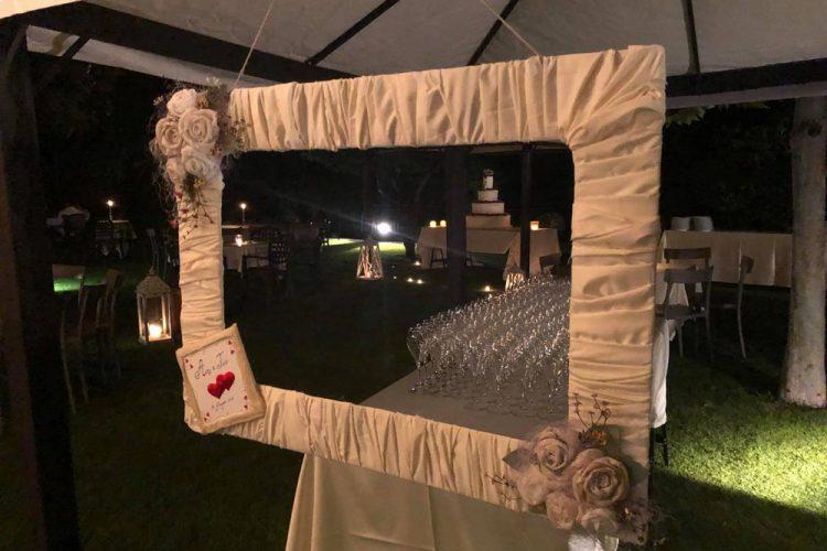 Ristorante Matrimonio - Esempio Di Allestimento Moderno - Cornice Selfie - Hotel Maloia
